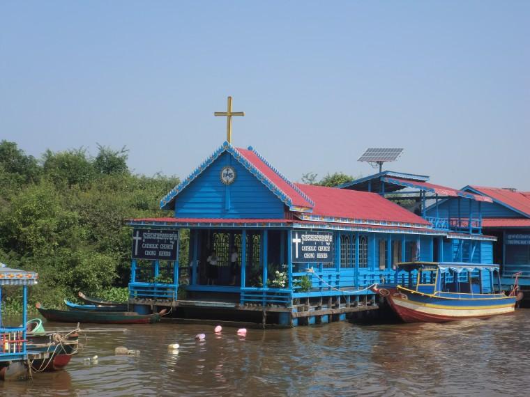 3 湖上の教会