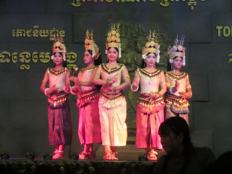 伝統舞踊アプサラ